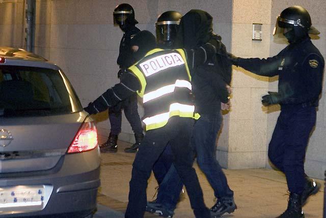 Desarticulado un grupo de apoyo a ETA tras la detención de 10 personas vinculadas con la kale borroka