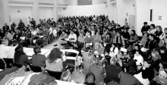 Educación y sindicatos siguen sin llegar a acuerdo sobre listas de interinos