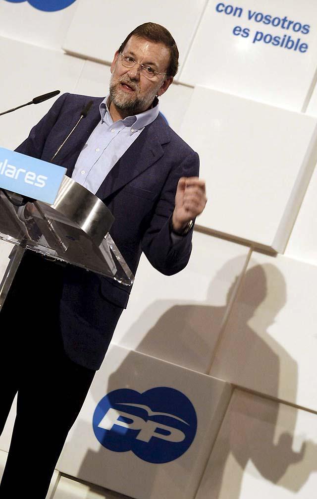 Rajoy reta a que haya otra candidatura en el PP y dice que quien quiera se vaya al partido liberal
