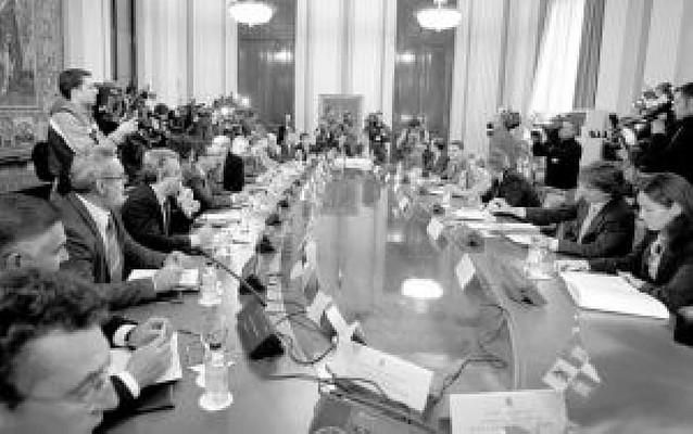 """Cumbre sobre la """"conducción"""" del Ebro"""