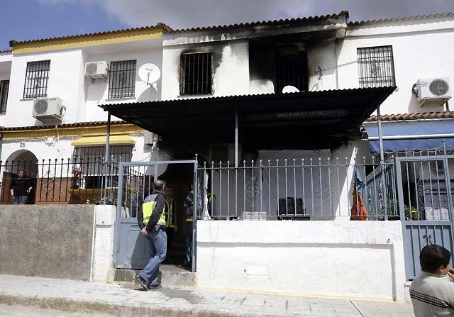Fallecen seis miembros de una misma familia en un incendio registrado en una vivienda de Écija (Sevilla)