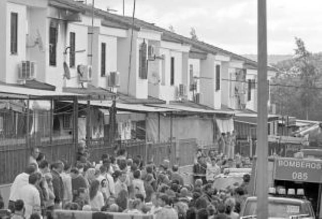 Mueren seis miembros de una misma familia en Écija al incendiarse su casa por un brasero