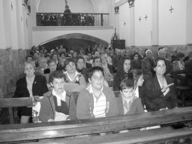 Los vecinos de Mues estrenaron su parroquia