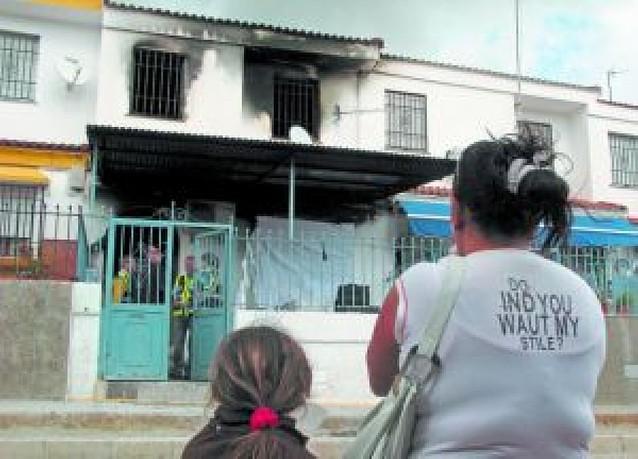El alcalde de Écija abre una investigación para despejar dudas sobre los bomberos