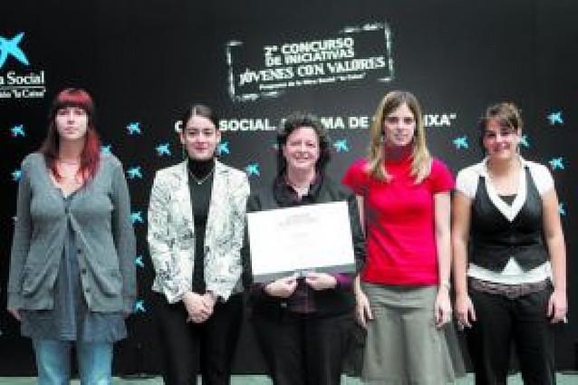 """El Redín y """"Lagundu Arakil"""", premiados por La Caixa por sus proyectos solidarios"""