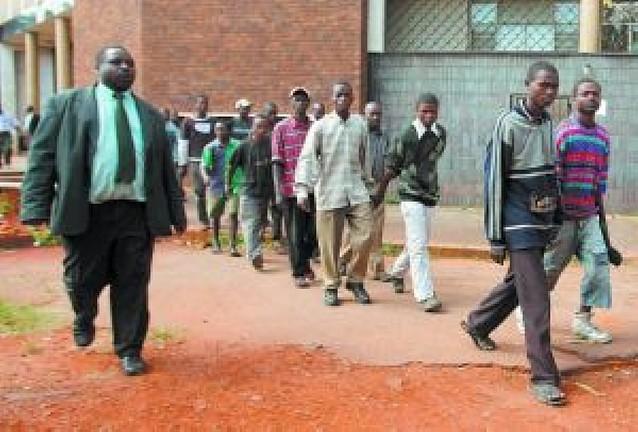 Un barco con armas para Zimbabue fracasa en su intento de descargarlas