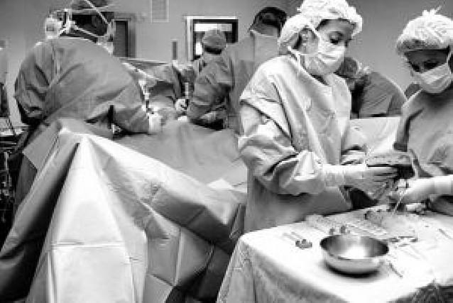 Navarra no encuentra médicos para cubrir todas las plazas de MIR