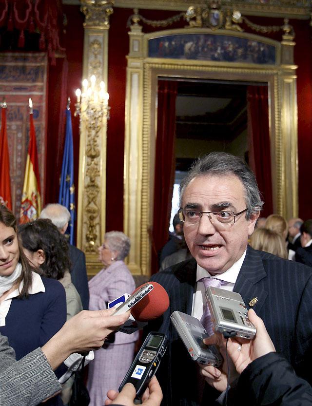 """Sanz afirma que su alusión a la """"cena"""" de 400 euros fue una """"figura literaria"""""""