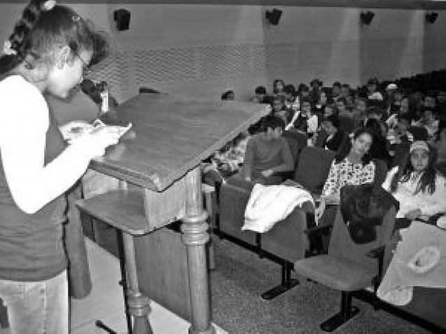 Los escolares de Viana promocionan la lectura con un guiño a la figura de Navarro Villoslada