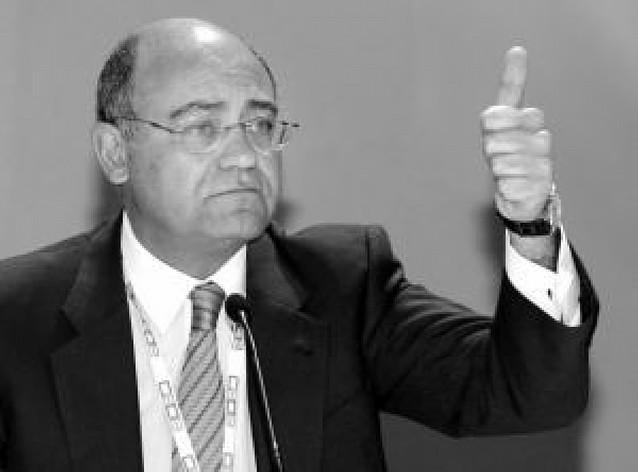 La CEOE pide medidas agresivas para paliar la crisis económica