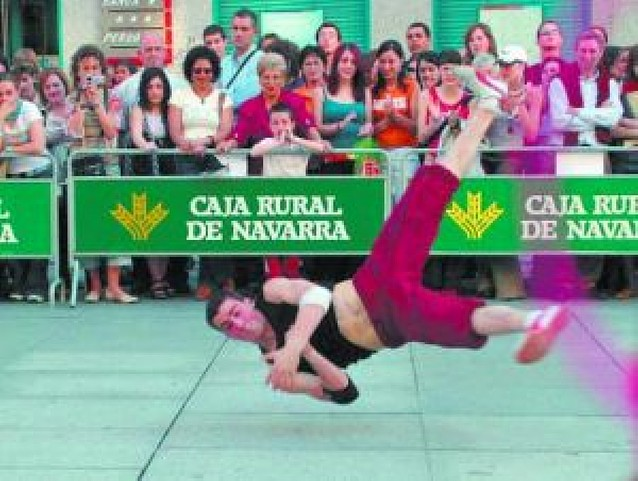 La danza saldrá a la calle y al auditorio de Barañáin el martes