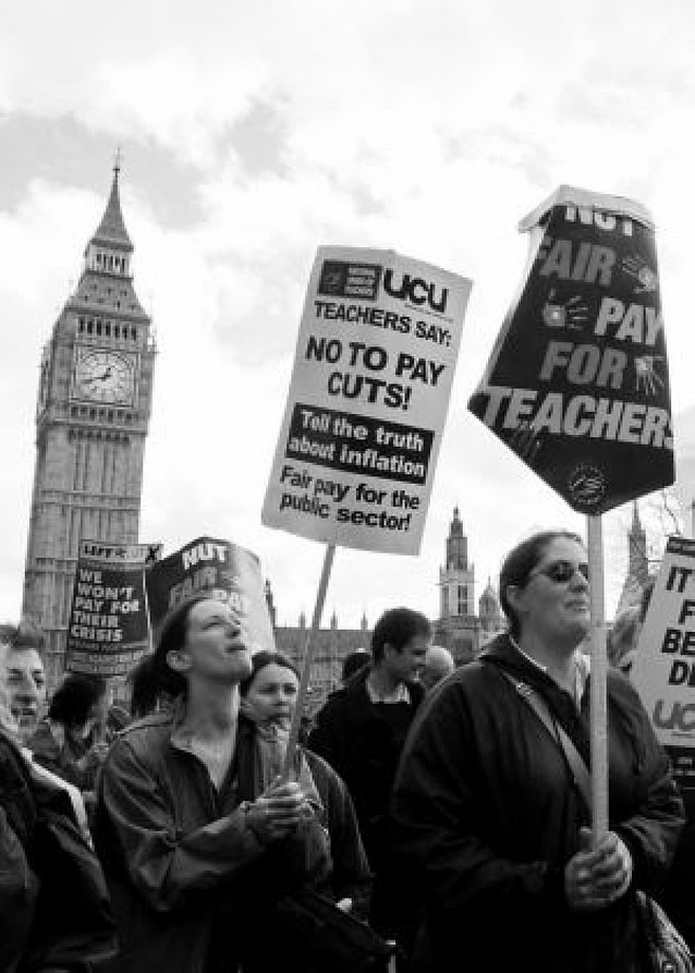 Ocho mil escuelas británicas cerradas por la huelga de profesores