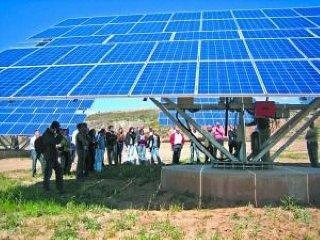 La empresa navarra Heliosolar inaugura el segundo parque fotovoltaico de Viana