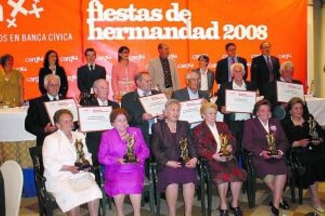 Homenaje a 8 parejas de Cintruénigo y Fitero en el 50 aniversario de su unión matrimonial