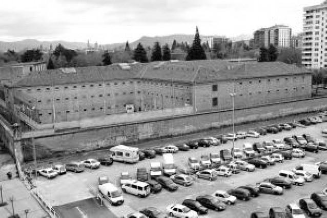 Pamplona no quiere que el Parlamento decida el futuro del solar de la actual cárcel