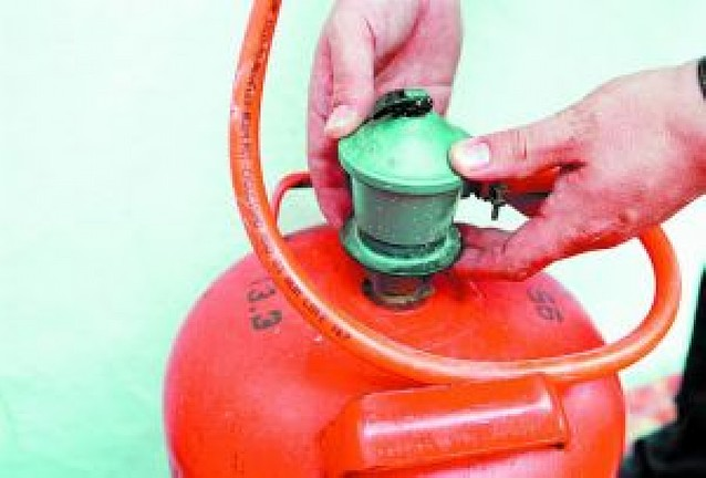 Siete imputados por estafa en revisiones de gas