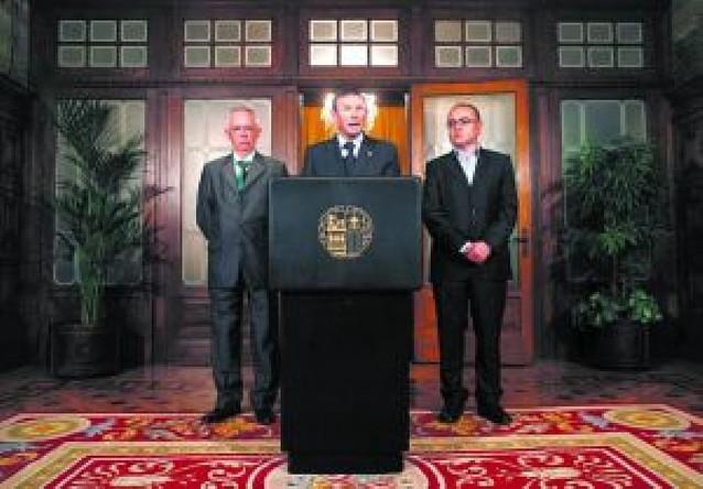 El lehendakari y los socios de EA y EB defiende la fórmula del Gobierno tripartito