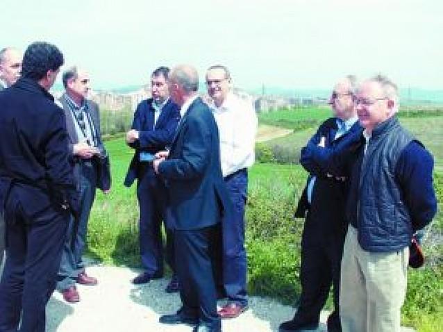 El Parlamento reclama a Esparza que haya consenso con Galar en el plan de Cordovilla