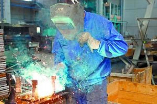 UGT, CC OO y la patronal sellan un preacuerdo para el metal hasta 2011