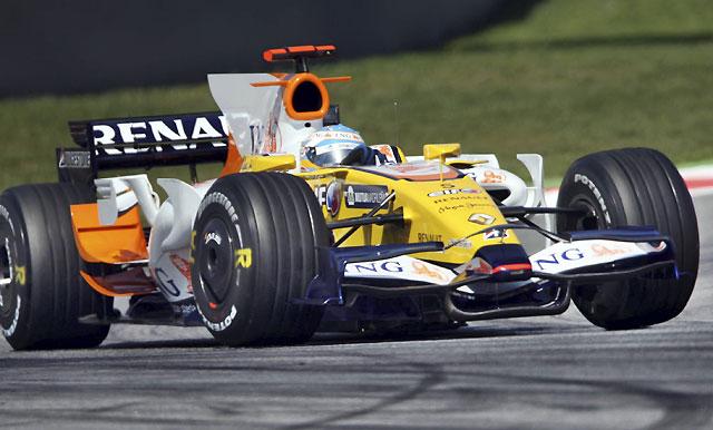 Alonso da un paso adelante y firma la sexta plaza en los primeros libres dominados por Ferrari