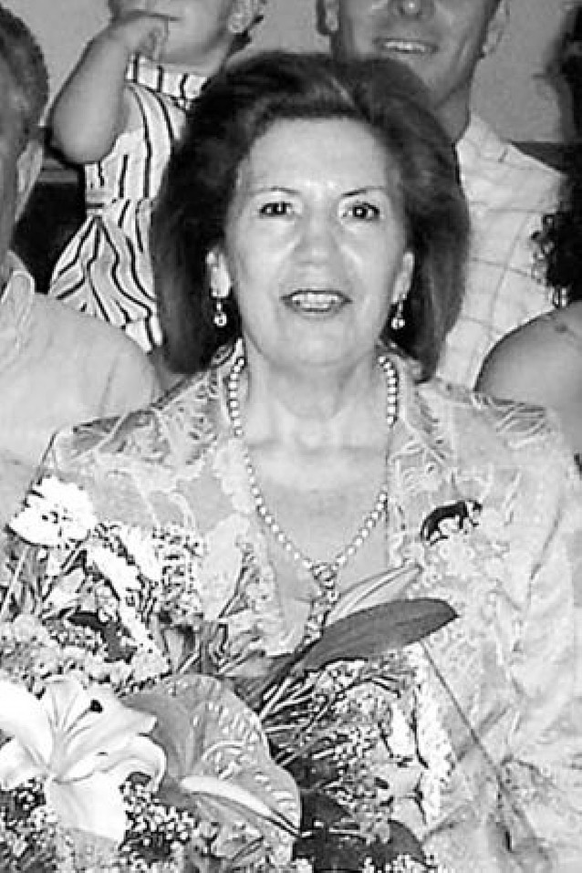La localidad rinde un homenaje póstumo a María Asunción González