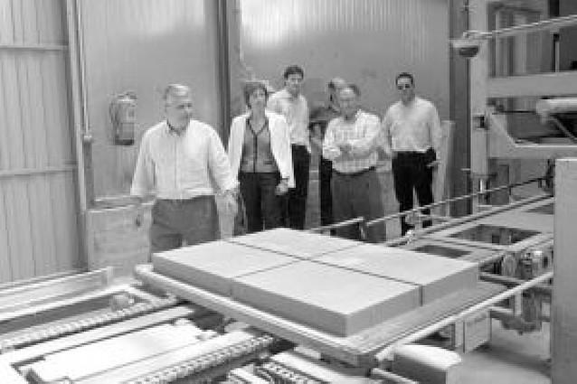 Pavitusa inaugura en Cabanillas una nueva planta en la que ha invertido 3 millones de euros