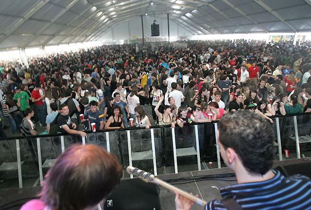 La Carpa más soleada llegó a reunir cerca de 12.000 jóvenes en su interior