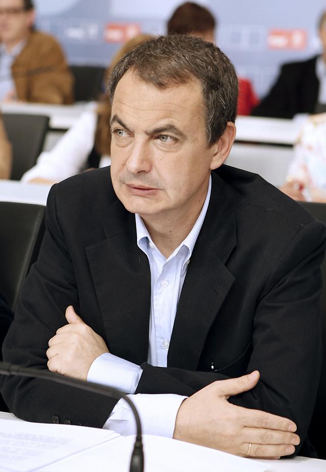 Zapatero dice que la peor previsión de paro será siempre mejor que la mejor que tuvo el PP