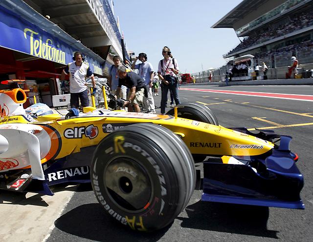 Alonso hace soñar con su segundo puesto en Montmeló