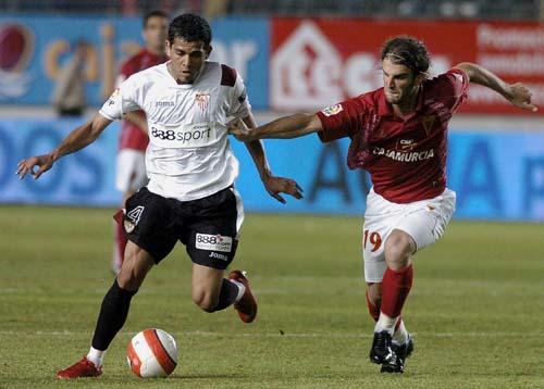 Murcia y Sevilla frustran sus objetivos con un empate sin goles