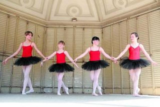 La danza sale por Tafalla