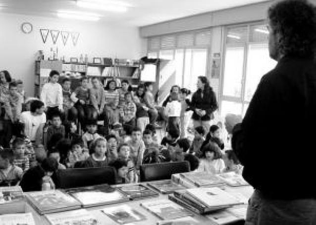 El Luis Gil de Sangüesa reinaugura su biblioteca con 5.000 libros