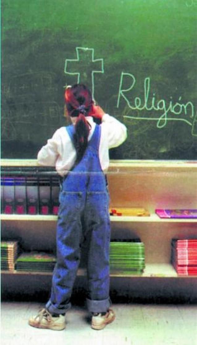 Concapa pide que todos los centros ofrezcan Religión y su alternativa