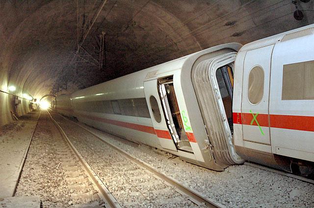 Al menos 23 heridos tras chocar un tren alemán de alta velocidad contra unas ovejas