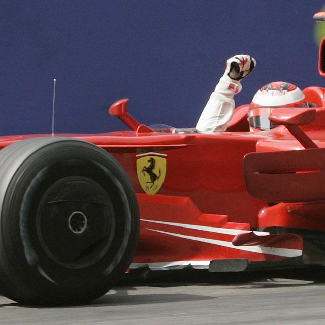 Raikkonen gana en Montmeló y Fernando Alonso se retira