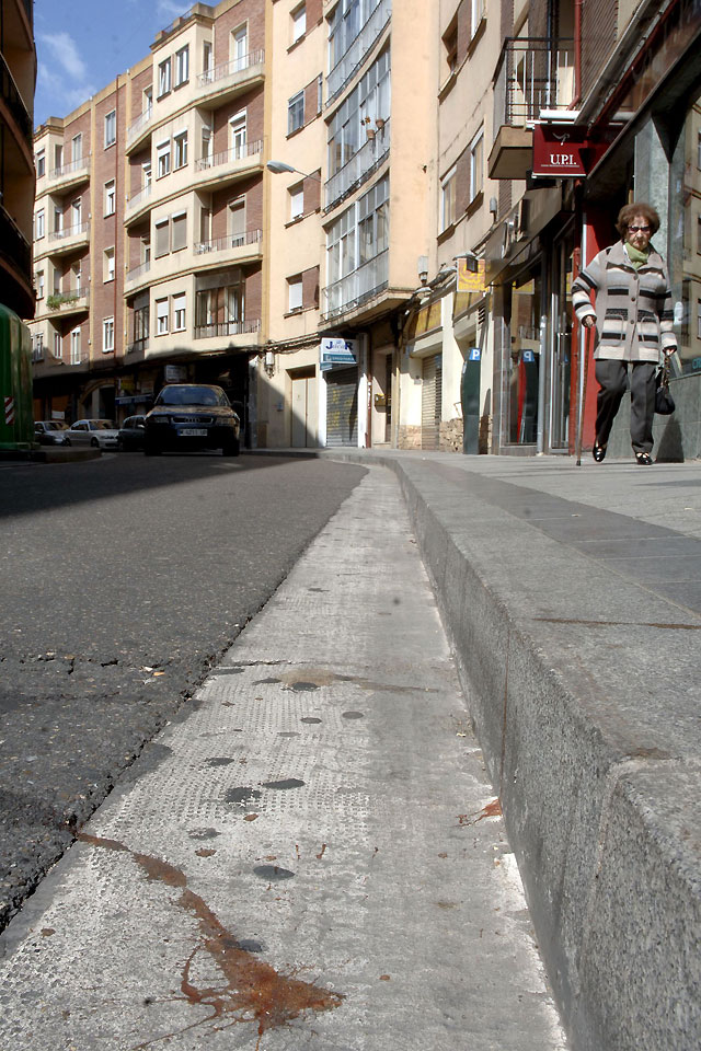 Un joven muerto y tres heridos en un tiroteo en una calle de Valladolid