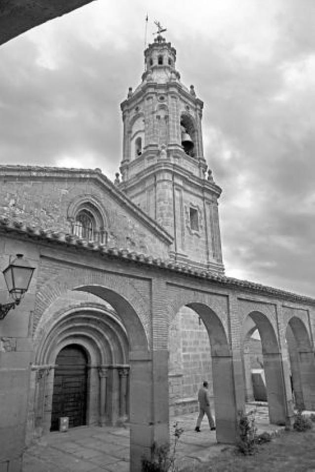 La torre barroca de Villamayor, lista para su inauguración