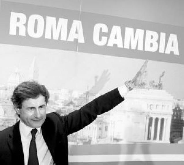 Berlusconi completa su triunfo electoral al obtener su candidato la alcaldía de Roma