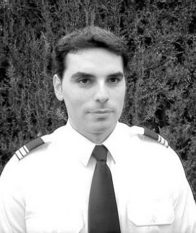 Piloto comercial e instructor de vuelo