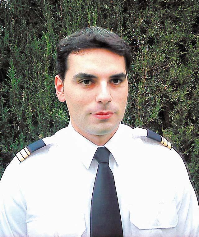 Fallecen un tudelano y su instructor de vuelo al estrellarse su avioneta en Madrid