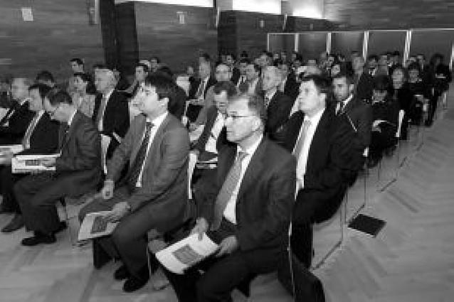 26 personas se responsabilizarán de los 90 proyectos del Plan Navarra 2012