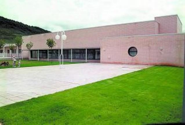Sale a contrato la gestión de 2 centros de discapacitados
