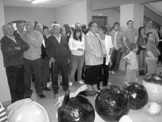 Lorca (Yerri) inaugura en fiestas la nueva imagen de la casa concejil tras las obras
