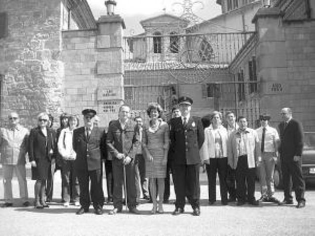 Villatuerta y Estella se dan la mano en la primera romería a la basílica del Puy