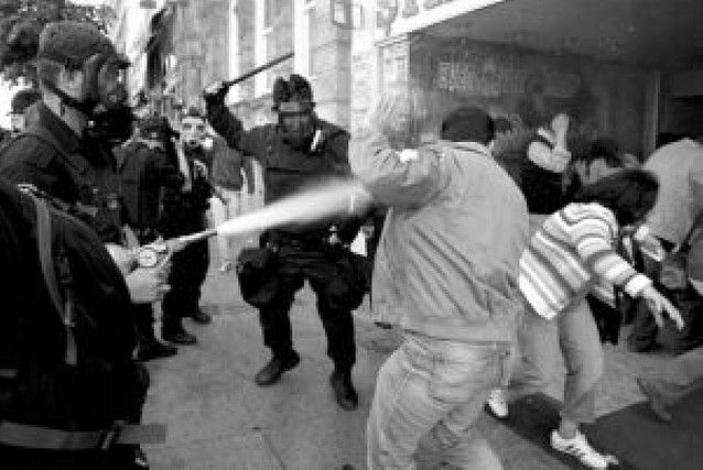 Más de 500 detenidos en la manifestación de Estambul