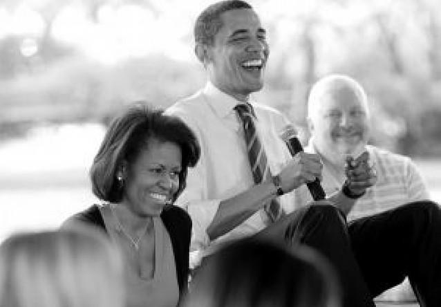 Obama pierde fuerza pero sigue en cabeza en las encuestas