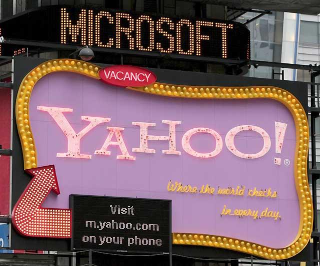 Microsoft podría anunciar en breve una opa hostil sobre Yahoo