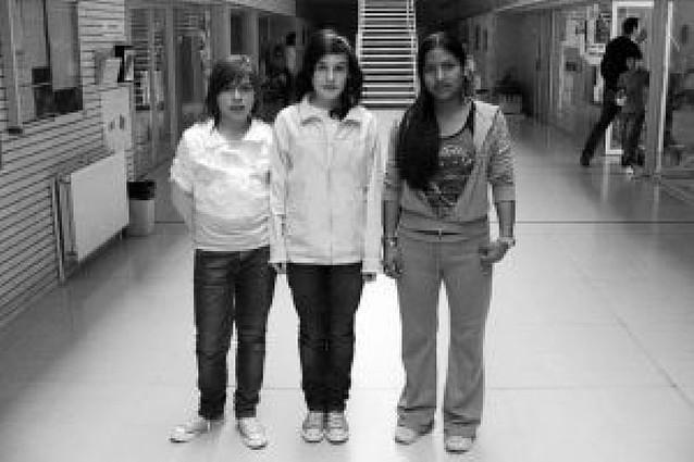 El III Concurso Literario del instituto La Paz premia a tres alumnas del centro