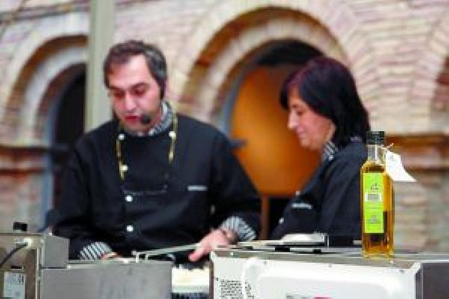 Senda Viva presenta en Tudela su primera producción de aceite