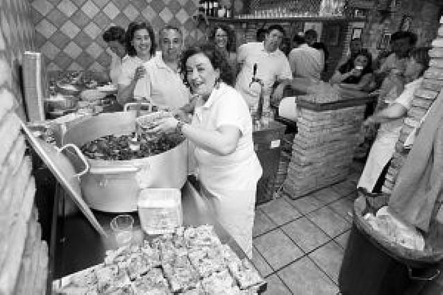 """La verdura """"toma"""" las calles de Tudela"""